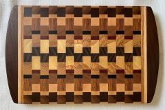 Wooden-cutting-board-Bookmatched-design